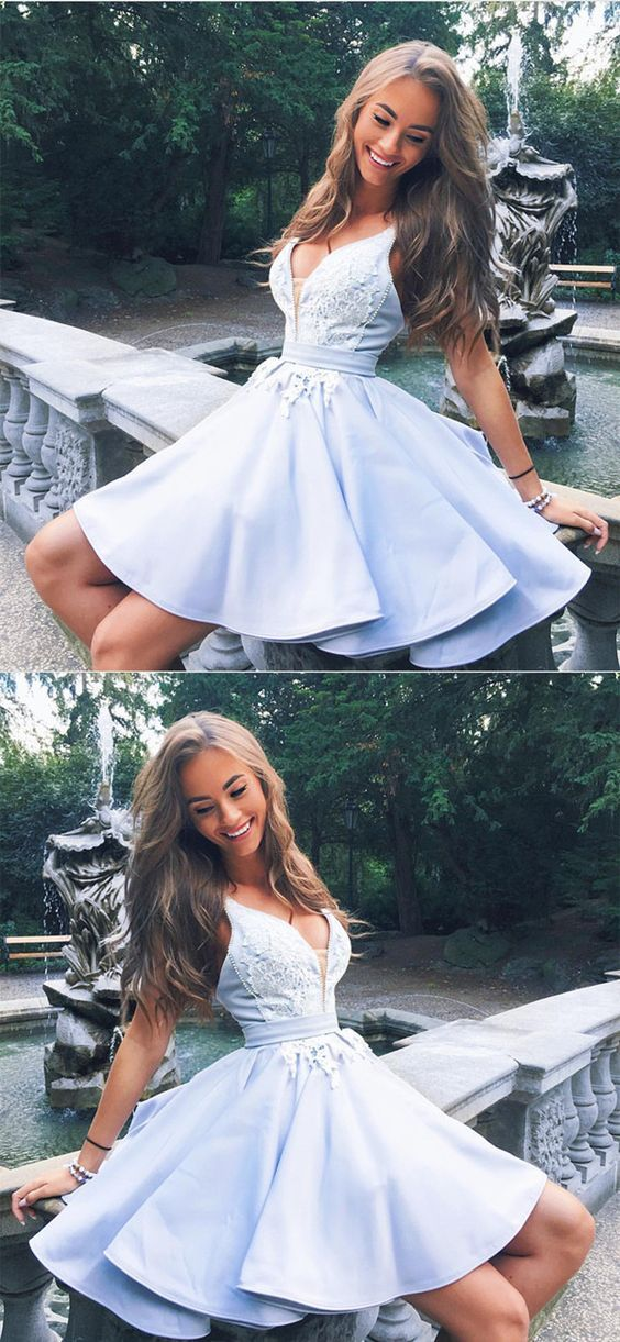 V Neck Homecoming Dresses Lace Appliques Prom Short