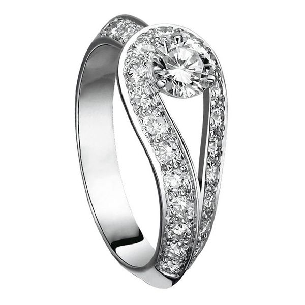 クチュール ソリティア - Van Cleef & Arpels(ヴァン クリーフ&アーペル)の婚約指輪(エンゲージメントリング)ヴァンクリーフアーペルの婚約指輪・エンゲージリングをまとめました!