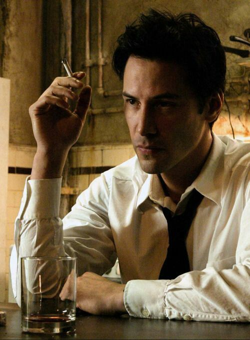 Keanu Reeves as Constantine ❤❤❤