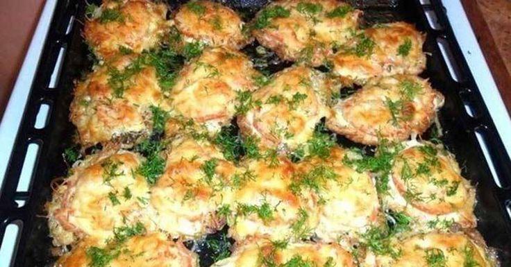 Připravte si chutný recept s masem na váš nedělní oběd. Můžete si vybrat mezi vepřovým nebo hovězím masem, k tomu přidáte brambory, cibuli nebo zakysanou smetanu. I přesto, že se nejedná o žádnou gurmánskou specialitu francouzské kuchyně, zamilujete si to! Na první pohled to může vypadat komp