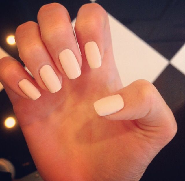 Nail Cream: Kendall Jenner's Matte Cream Colored Nails.