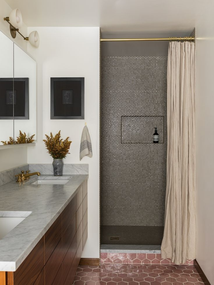 Gray Penny Tile On The Shower Walls And Floors Mauve Hexagon Floor Floating