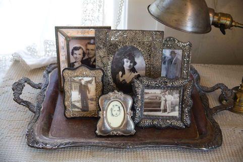 6 vintage pictures in 6 vintage frames: Photo Display, Idea, Silver Trays, Vintage, Frames, Shabby Chic, Vignette, Antique