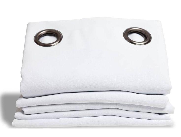 Rideaux thermiques Moondream en ligne : le rideau thermique et occultant blanc maintient une température idéale toute l'année. Jusqu'à 46% d'économies d'énergie en hiver!