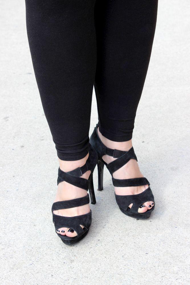 black sexy heels / tacones negros sexy