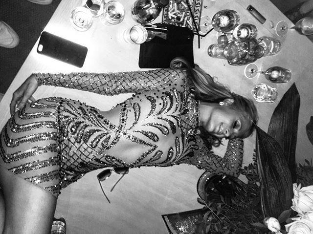 Pin for Later: Les Stars Nous Emmènent en Coulisses du Festival de Cannes Avec Instagram Paris Hilton