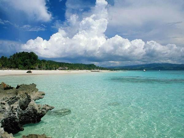 Guana Bay Beach Phillipsburg...very quiet beach, no shade!