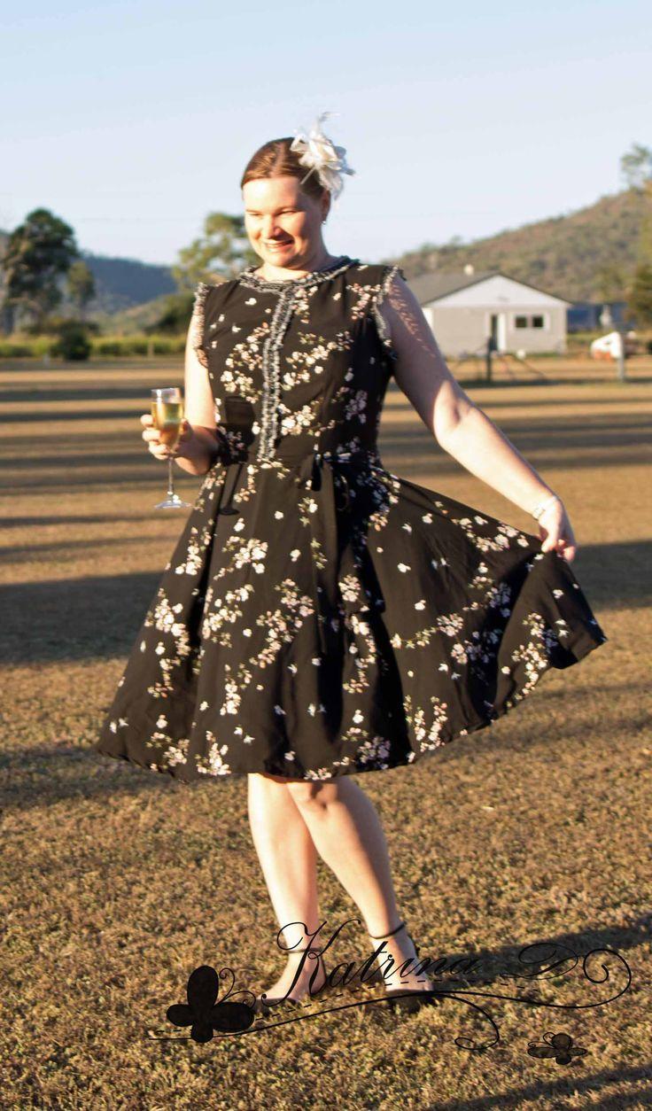 Designer Stitch Patterns Kristen Dress http://designerstitch.com/?affiliates=81