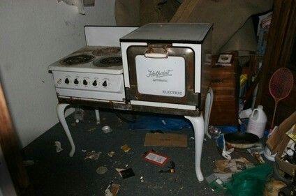 1928 Vintage Antique Hotpoint Cooker
