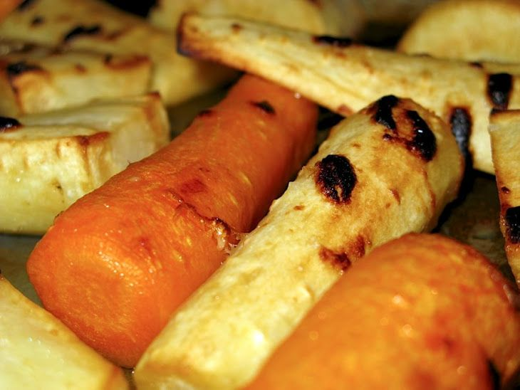 Maple Roasted Carrots and Parsnips | Recipes I Can't wait to try | Pi ...
