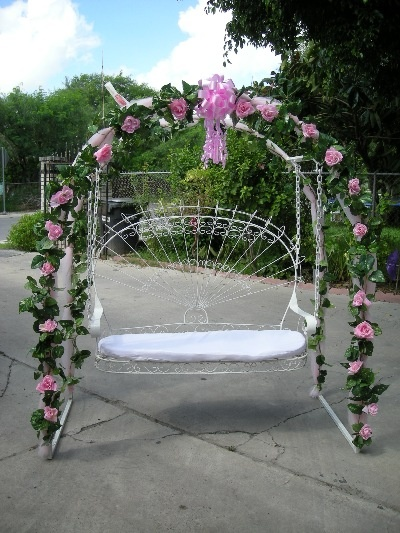 Silla de quinceanera mesa rectangular con sillas y for Sillas para xv anos