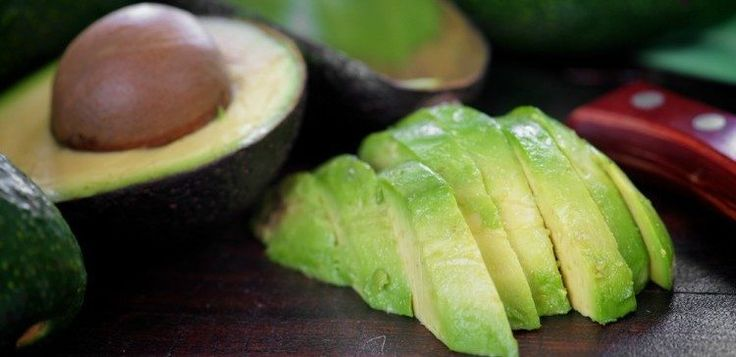 RipeAvocadoHeader   Here's a Brilliant Avocado-Ripening Technique That Only Takes 10 Minutes!