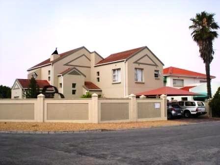 Gideon Estates – House near the water in Port Owen