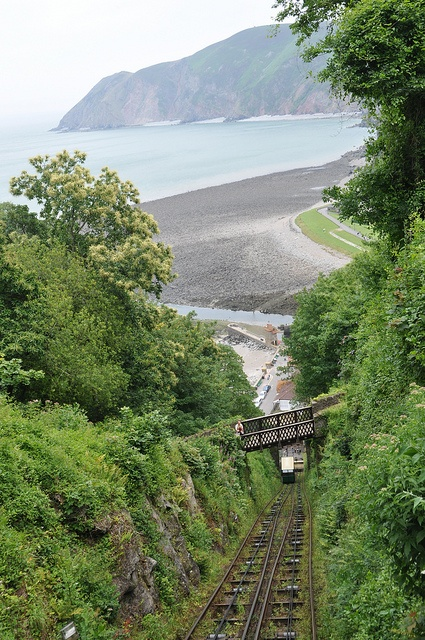 Lynton is a small town in Devon, England. It lies on the northern edge of Exmoor and is located at the top of a gorge above Lynmouth, to which it is connected by the Lynton and Lynmouth Cliff Railway. #lifeafterlondon #englishcountryside