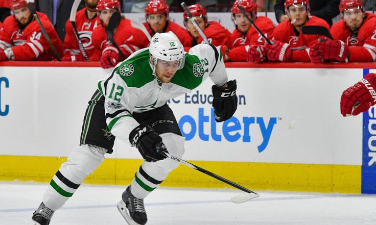 Stars bring back Radek Faksa with three-year deal = The Dallas Stars have officially signed restricted free-agent center Radek Faksa to a new three-year contract, the franchise announced on Monday afternoon. As a result of the newly inked pact, Faksa has.....