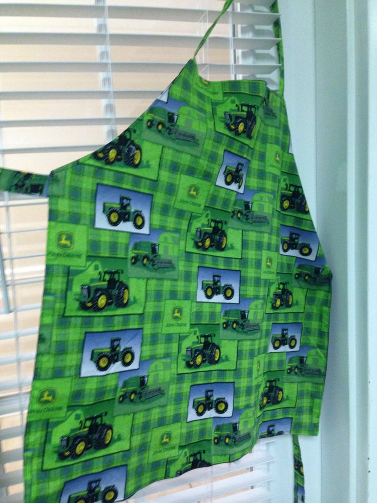 Excited to share the latest addition to my #etsy shop: John Deere Chef Apron http://etsy.me/2EBnIjh #housewares #christmas #johndeere #tractor #green #apron #chefapron #country #market