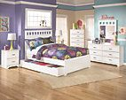 White Lulu Full Panel Bed with Trundle View 4