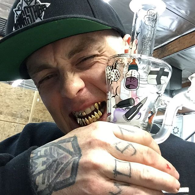 Sid Wilson DJ Starscream Slipknot  Late night sesh with @sidthe3rd @Slipknot  #slipknot #hightechglass #traptube #glassofig #sesh