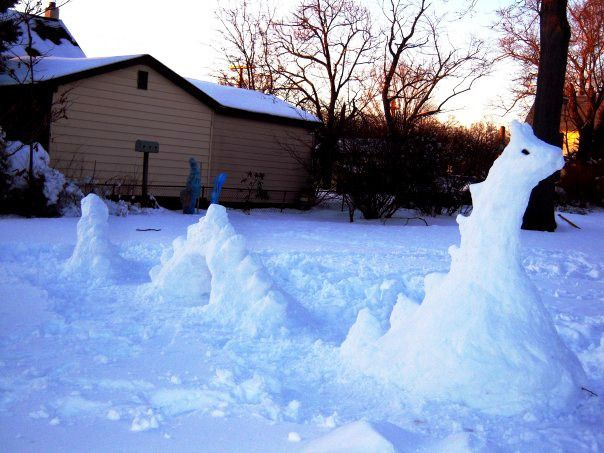 Best Beyond The Snowman Images On Pinterest Snow Sculptures - 15 hilariously creative snowmen that will take winter to the next level 7 made my day
