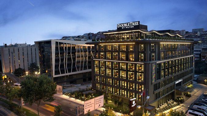 DoubleTree by Hilton Hotel Istanbul – Piyalepaşa - Beyoğlu'nun Yeni Yüzü Piyalepaşa'da Merkezi Konumuyla, Güvenli ve Lüks Konaklama Tarihi Yarımada'ya ve İstanbul'un popüler eğlence, alışveriş, iş ve kongre merkezlerine kolay ulaşım imkanı sağlayan DoubleTree by Hilton Istanbul – Piyalepasa, modern mimarisi ve konforlu konaklama …