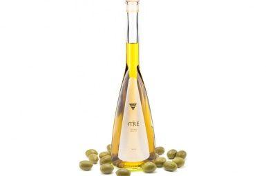 Een mix van verschillende typisch Toscaanse olijvenrassen (Frantoio, Leccino, Moraiolo en Olivastra) geeft de olijfolie een heerlijke kruidige, complexe geur en een harmonieuze smaak met een klein typisch Toscaans pepertje. Deze olijfolie is, zoals de boeren het zelf zeggen, eerder zelf een etenswaar dan een toevoeging erop. De olijfolie is heerlijk bij de gehele Italiaanse keuken en natuurlijk gewoon puur met een stukje brood.