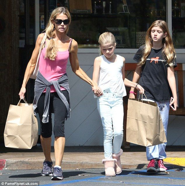Denise Richards shops up a storm with daughters Sam and Lola as they stock ... Denise Richards  #DeniseRichards