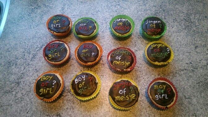 Gevulde cupcakes bekendmaking geslacht baby