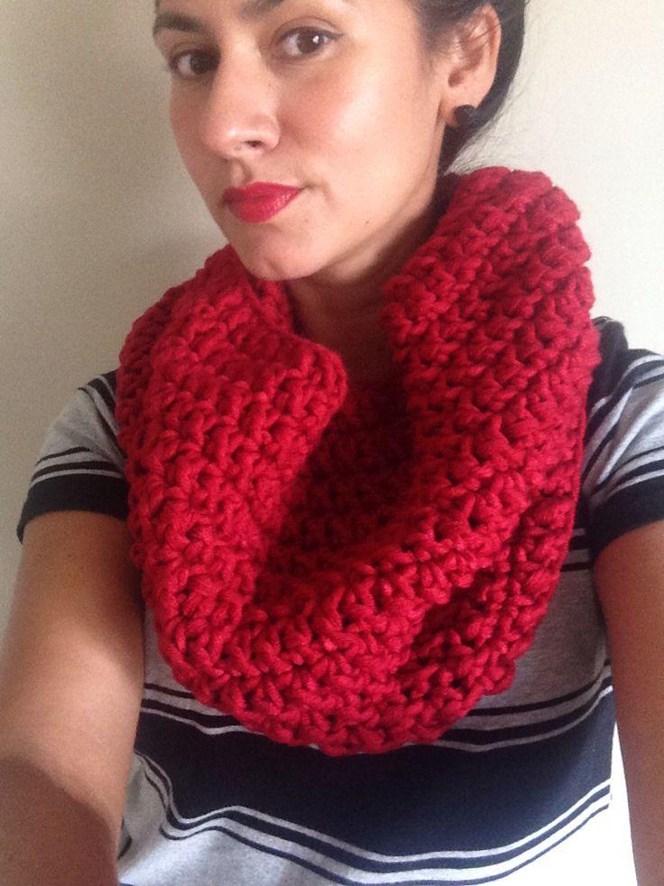 Crochet fashion accessories IG: @amanomadewithlove