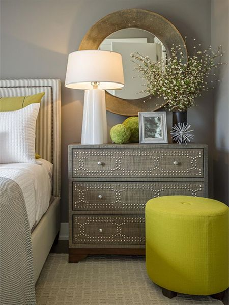 If you are expecting guests for the holidays and your spare room is filled with junk, time to get creative with these ideas for a guest bedroom.