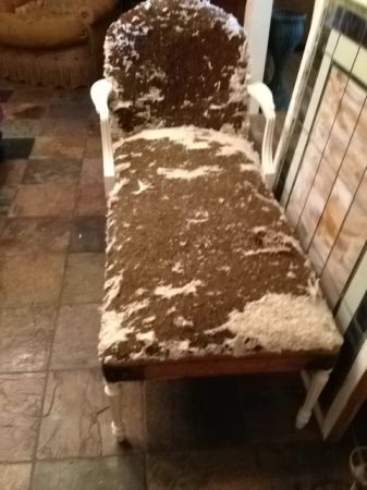 San Antonio: Shabby Project Vintage French Style Chaise $95    Http://furnishlyst