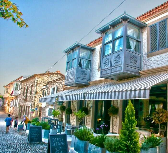 Street view from Alaçatı
