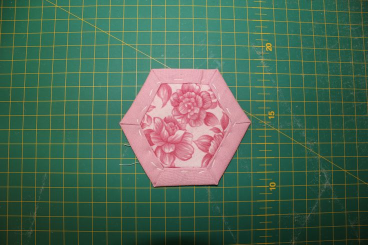 1000 Images About Hexagon Quilting On Pinterest Mini