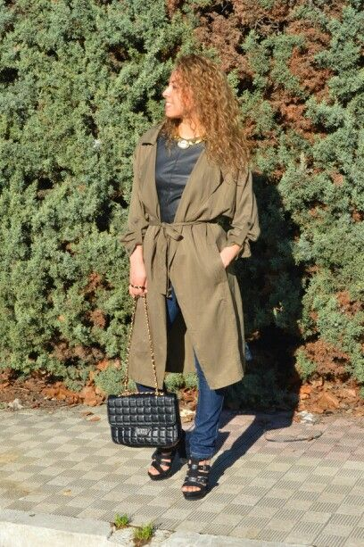 #molinasisters #fashionbloggers #fashiondesigners #itgirls #outfits