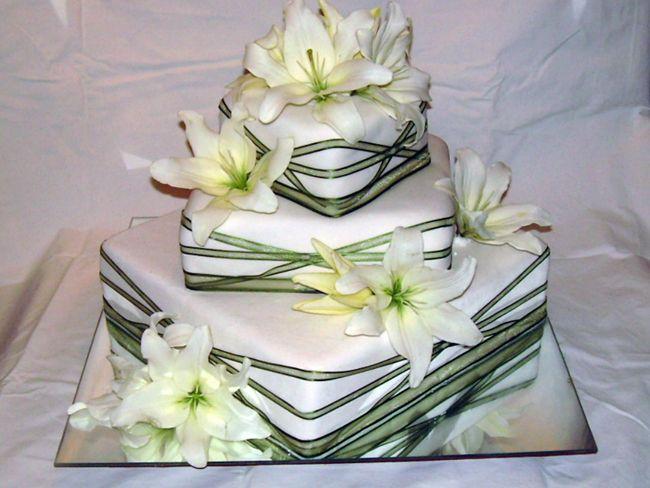 Decoración de tortas con flores naturales - Imagui