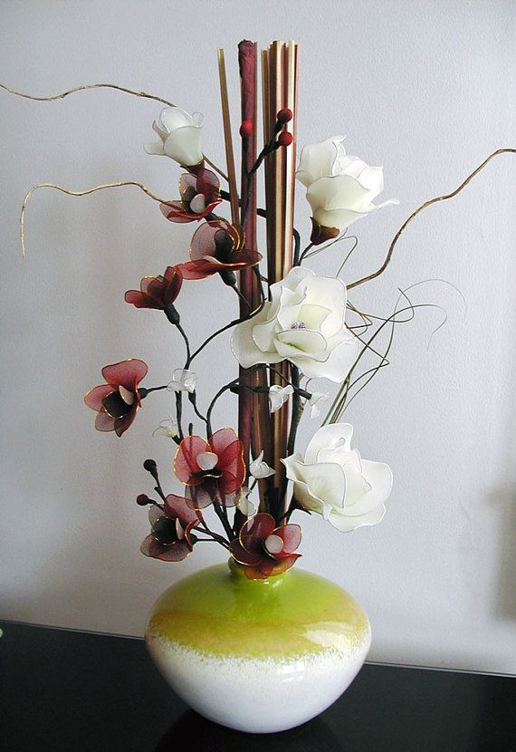 Handmade Dark-red Orchids Arrangement por LiYunFlora en Etsy