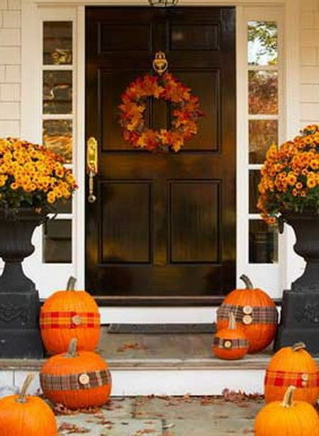 Front porch decorating ideas for fall 10 helpful tips for Front porch fall decor ideas