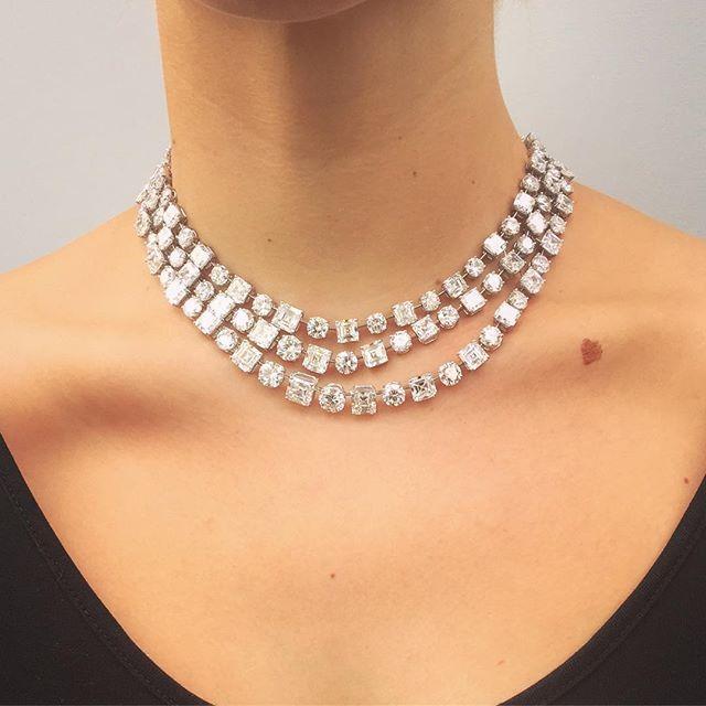 ✨Triple rivière de diamants par GRAFF ✨125 carats #martindudaffoy #diamonds #necklace #precious #highjewelry #placevendome #graffdiamonds #graff #amazingjewelry