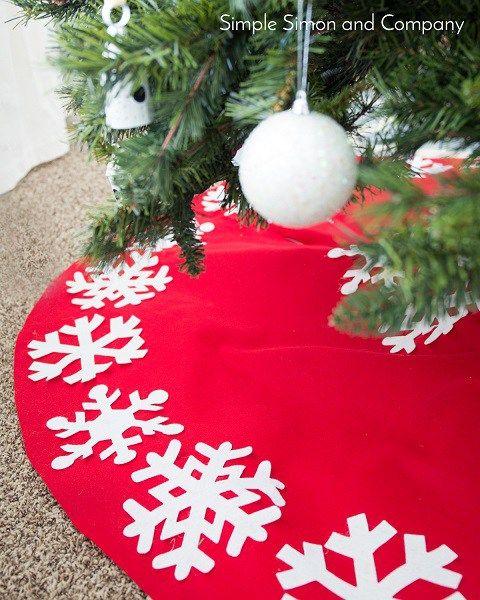 Tutorial No Sew Felt Snowflake Christmas Tree Skirt
