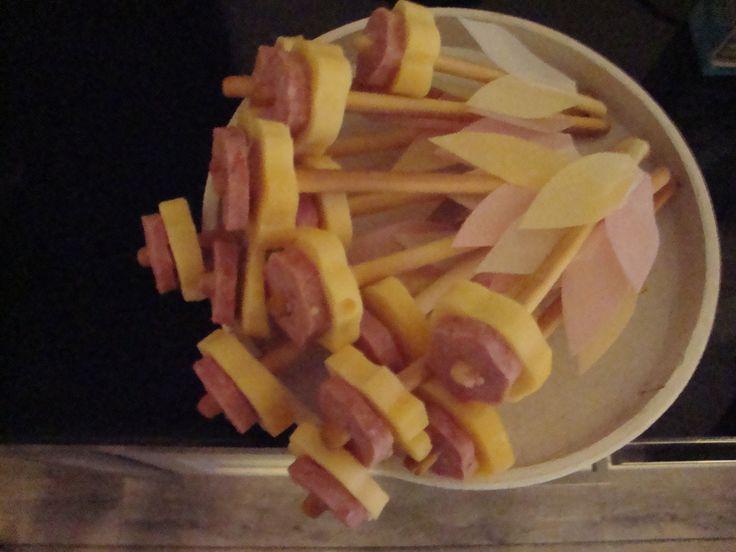 Bloem! Worst, kaas, soepstengel en eetpapier