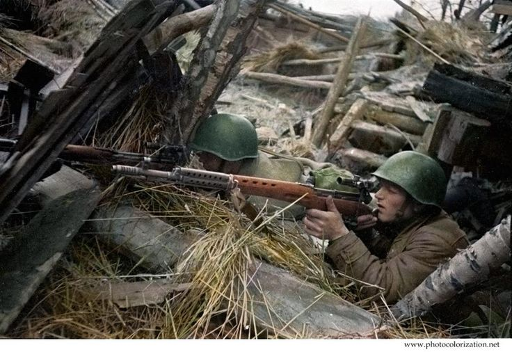 Red Army Snipers with SVT 40 semi automatic rifles.