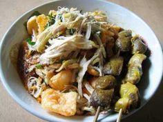 Bubur Ayam - Panduan cara membuat bumbu masakan resep bubur ayam kuah kuning halal asli cianjur betawi jakarta cina yang paling enak, sederhana serta spesial ada disini.
