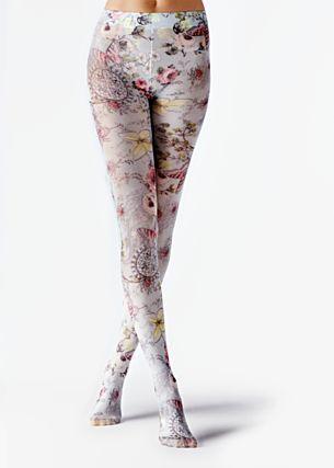 Perna à Vista: Collants que são tendência! #Perna #à #Vista: #Collants que são #tendência | #moda #Opacos #efeitos #losangos #cores #TrendyNotes #collants #musthave #desfiles #Prada #Burberry #Valentino #Gucci #collants #fancy #finos #renda #padrões #elegantes #malha #cordepele #efeitos #pretos #semitransparentes #modeladores #pushup #coloridos #estrelas #bolinhas #liga #primavera #transparentes #riscas #grossas #horizontal #rede #calzedonia #Collants #estampado #colorido