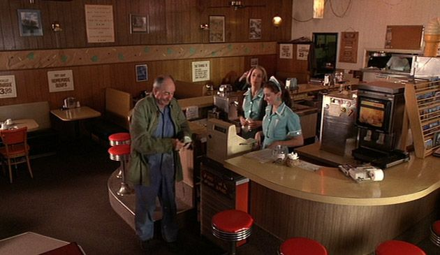 7 'Twin Peaks'-Inspired Restaurants Where You Can Live Out Your Lynchian Dreams