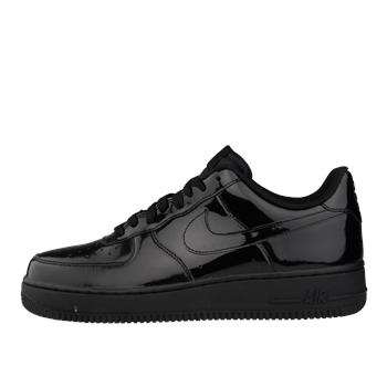 Dressed in a glossy black patent leather upper that rests on a black sole,  Nike Sportswear has just released a dapper colorway of the Air Force 1 Low.