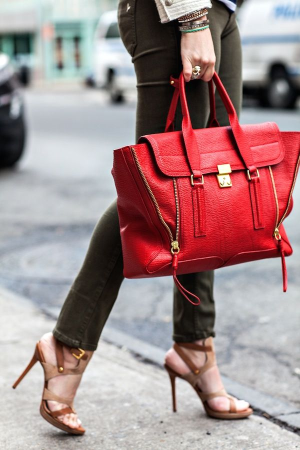 The red bag, the heels, the olive skinnies...love!