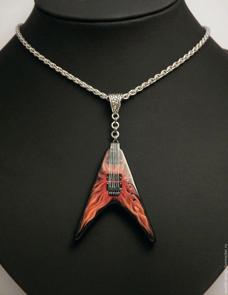 Купить Кулон в виде гитары c росписью Jackson King V - бордовый, огненный, гитара