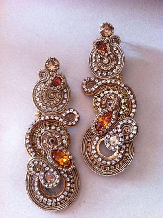 Alessandra Del Vitto, Rusty Marajà earrings