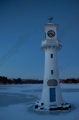 """Roath Park Lighthouse, Roath Park, Cardiff, South Wales, UK - The light house was built to commemorate the men who sailed to the Antarctic in the """"Terra Nova"""""""