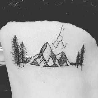 Maintains and Orion tattoo! #mhalvorsontattoos #mhalvorson #hallvaror #tattoos #mountaintattoo #orionsbelttattoo #montanatattoo