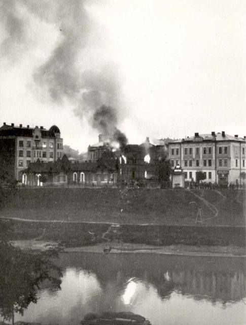 Sept 1939. A synagogue burning in Przemysl, Poland. On Sept 14, 1939, the Germans occupied the city. Before handing it over to the Soviets due to the Nazi-Soviet pact, the Nazis killed 600 Jews. On Sept 28, 1939 the Soviets possessed the city. In April and May of 1940, 7,000 Jews were deported to the Soviet interior. When the Germans reoccupied Przemysl on June 28, 1941, some 17,000 Jews were living there. Only 300 Jews of those living in the Przemysl area in June 1941 survived the war.